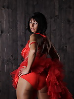 Pantyhose Diva wearing sexy red gown | PantyhoseDiva.com