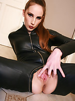 Chateau Cuir - Hardcore Leather fetish and femdom