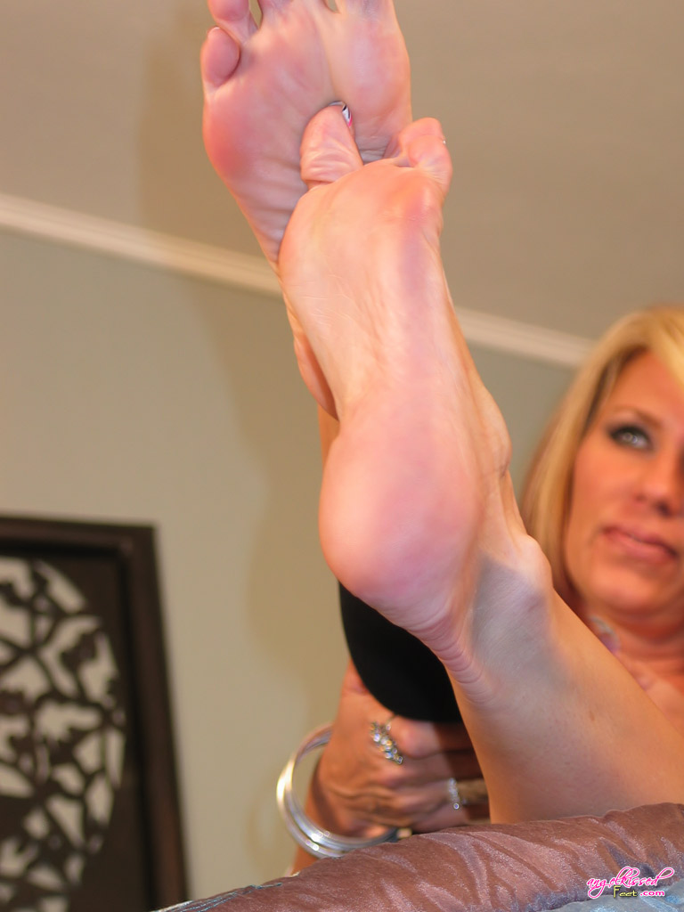 Have Sexy foot job tgp
